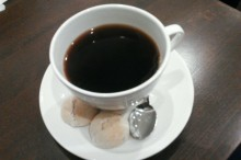 コーヒーハンター厳選の豆でつくった ハンドドリップコーヒーが飲める店