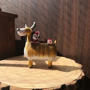 Santa on Reindeer S 600