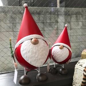 Spring Hat Over Santa S1700 & M2500